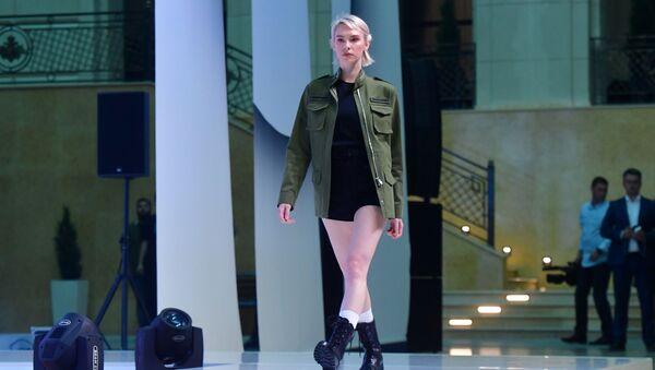 Vojandy, připravte se, military styl je opět v módě. Armáda Ruska a Black Star Wear předvedly společnou kolekci - Sputnik Česká republika
