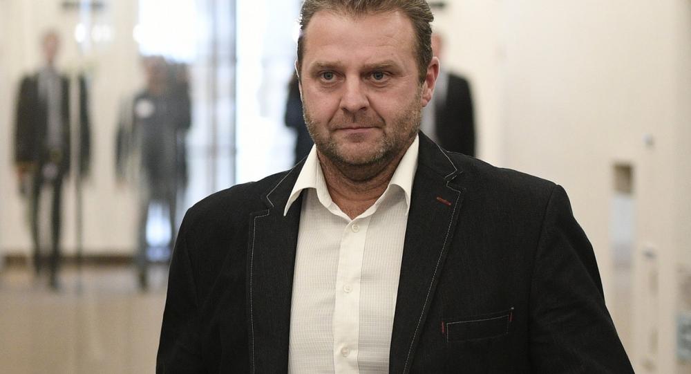 Poslanec a člen KSČM Zděnek Ondráček