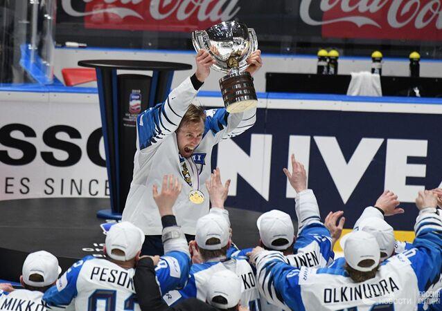 Finsko vyhrálo finále MS v hokeji nad Kanadou 3:1