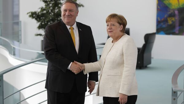 Angela Merkelová a Mike Pompeo - Sputnik Česká republika