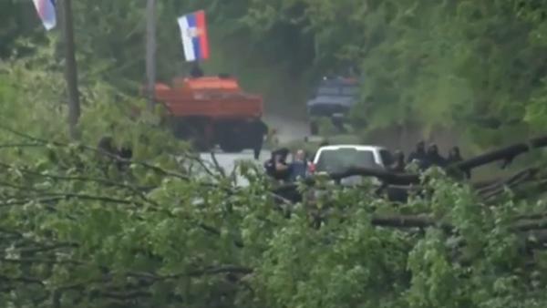 Záběry ukazující útok Ozbrojených sil Kosova na ruského pracovníka OSN (VIDEO) - Sputnik Česká republika