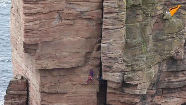 9letý horolezec dosáhl vrcholu na památku maminky, která zemřela na rakovinu - Sputnik Česká republika