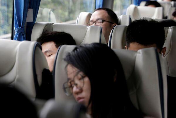Přepravu zaměstnanců společnost Huawei zajišťuje vlastními autobusy. - Sputnik Česká republika