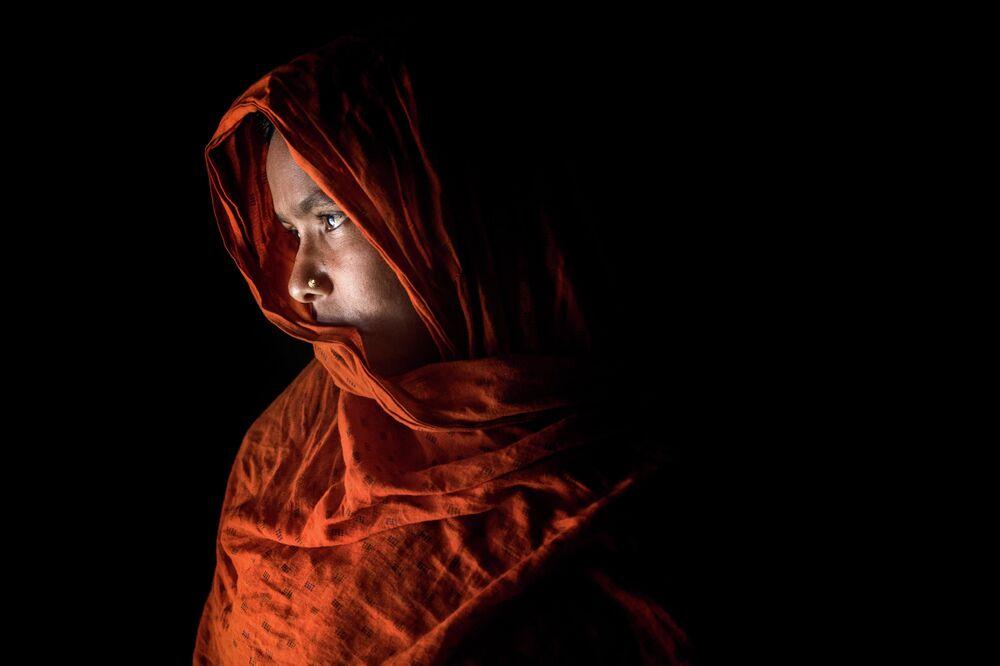Příběh utrpení. Mushfiqul Alam (Bangladéš), finalista v nominaci portrét, Hrdina naší doby, série.