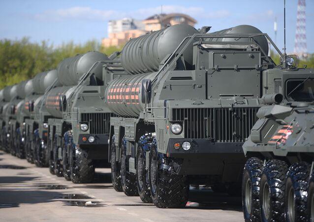 Protiletadlové raketové systémy S-400