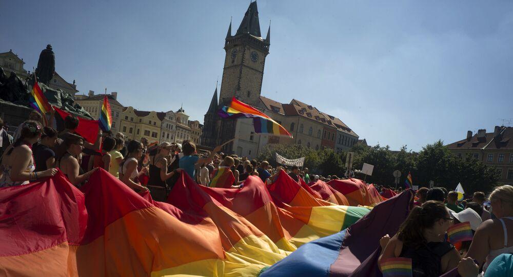 Pochod gayů Prahou. Archivní foto