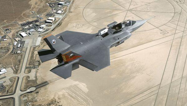 Americká stíhačka F-35 Lightning II - Sputnik Česká republika