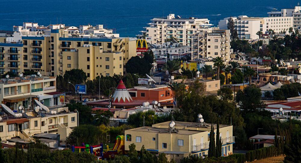 Město Protaras na Kypru