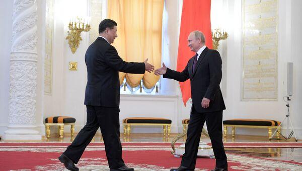 Si Ťin-pching a Vladimir Putin v Kremlu - Sputnik Česká republika