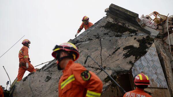 Silné zemětřesení v Číně: 12 mrtvých, 134 zraněných - Sputnik Česká republika