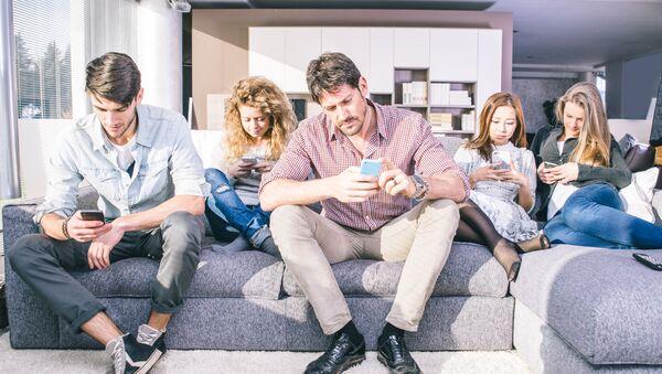 Závislost na telefonech. Ilustrační foto - Sputnik Česká republika