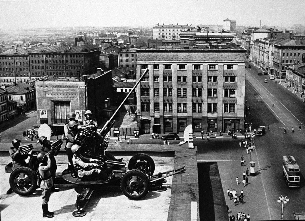 Vojáci protivzdušné obrany v Moskvě.