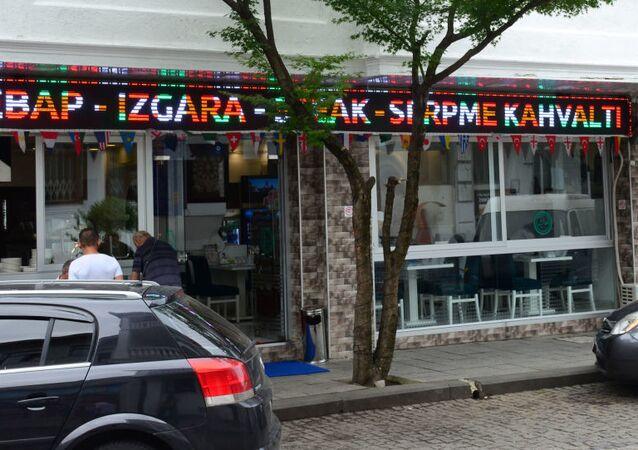 Turecké obchody, kavárny a restaurace v Batumi