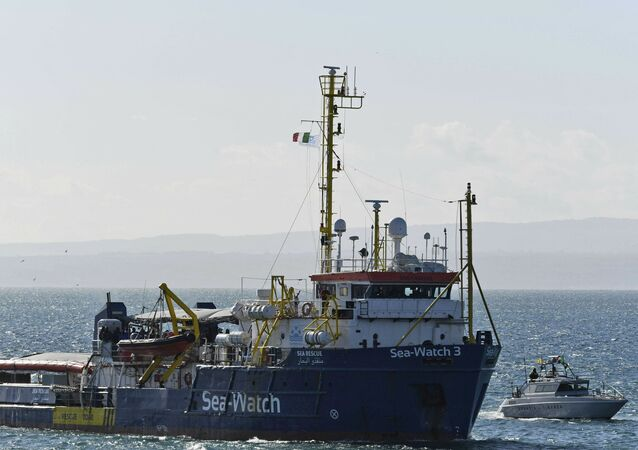Záchranná loď německé neziskové organizace Sea Watch