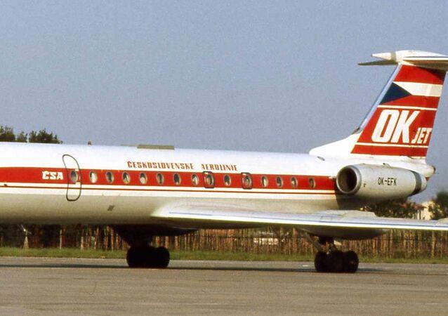 Letadlo ČSA. Archivní záběr, 1975