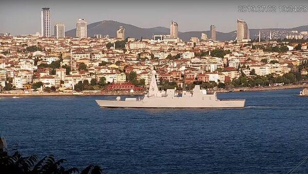 Bylo zveřejněno video, jak lodě NATO vplouvají do Černého moře - Sputnik Česká republika