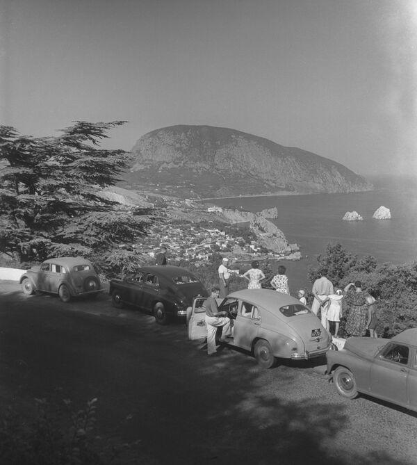 Rodinná dovolená na Krymu. 1955. - Sputnik Česká republika