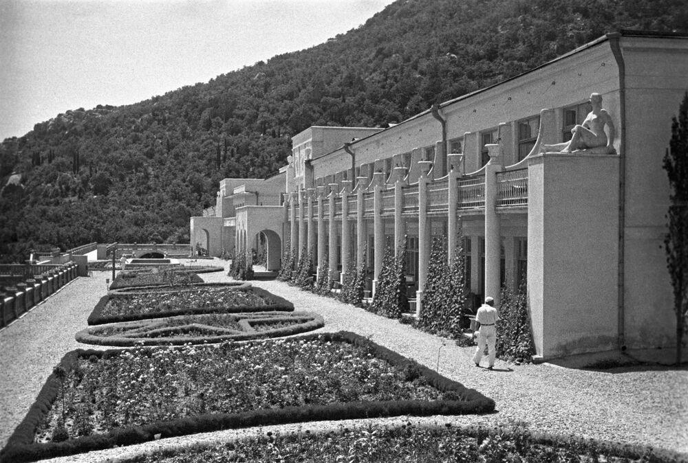 Sanatorium Kurpaty v Jaltě, Krym, 1950.