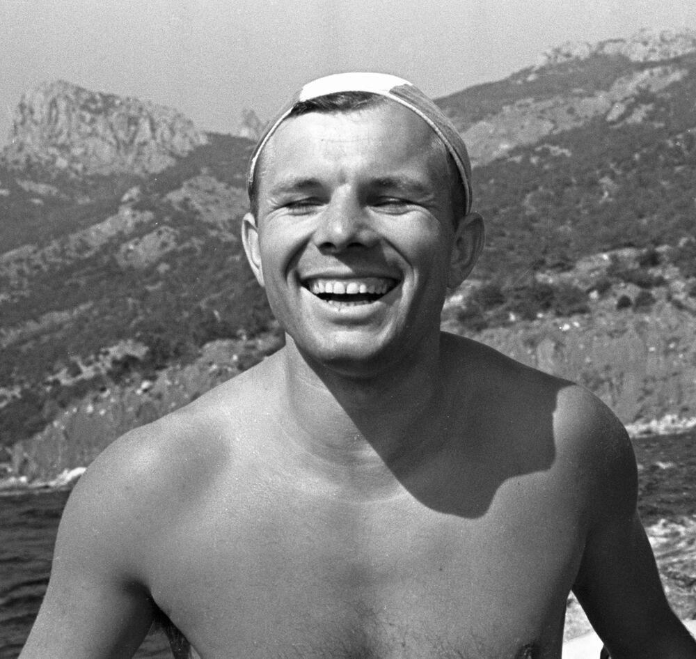 Jurij Gagarin během dovolené na Krymu. 1961.