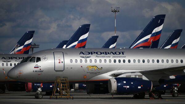 Sukhoi Superjet 100 na letišti Šeremeťjevo v Moskvě. Ilustrační foto - Sputnik Česká republika