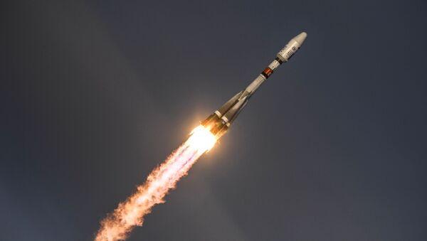 Start raketoplánu Sojuz-2.1b z kosmodromu Vostočný - Sputnik Česká republika