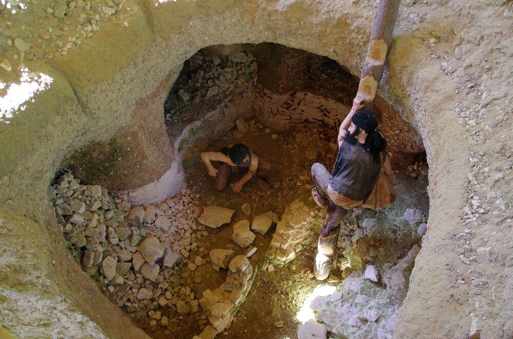 Největší pazourkové doly kamenné doby v Evropě Krzemionki (pozn. Česky Křemenky) v Polsku
