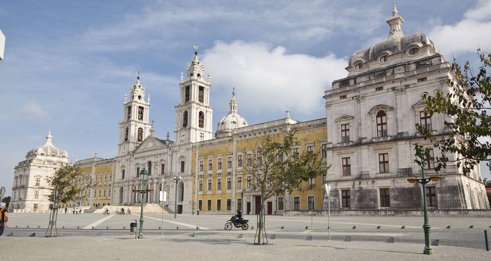 Královský palác Mafra v Portugalsku