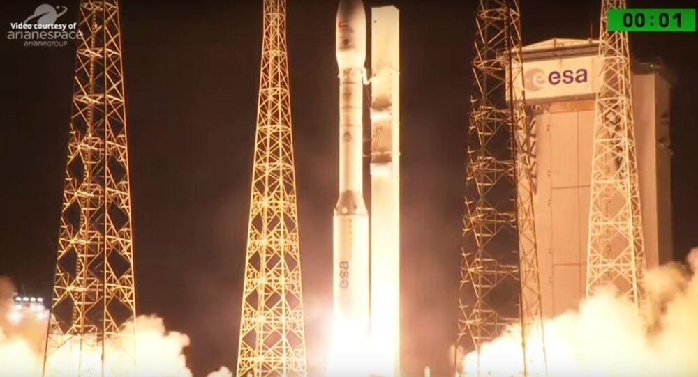 Evropská raketa Vega se satelitem SAE po startu selhala