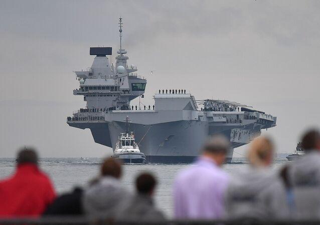 Nejnovější britská letadlová loď Queen Elizabeth