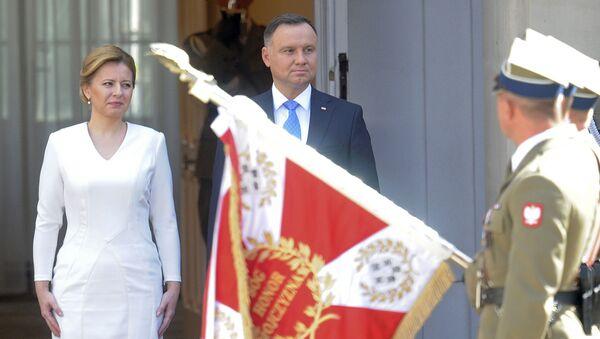Slovenská prezidentka Zuzana Čaputová a polský prezident Andrzej Duda ve Varšavě - Sputnik Česká republika
