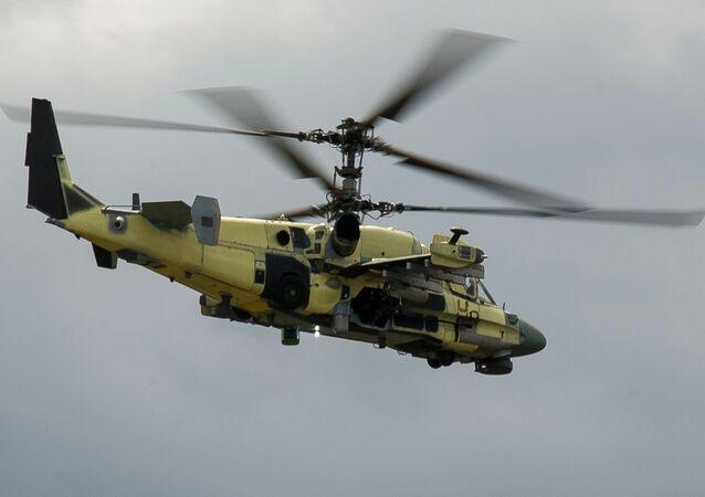 Vrtulník Ka-52 Aligátor během zkoušek