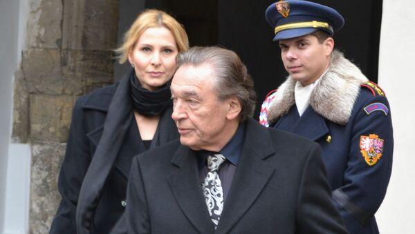 Karel Gott s manželkou Ivanou - Sputnik Česká republika