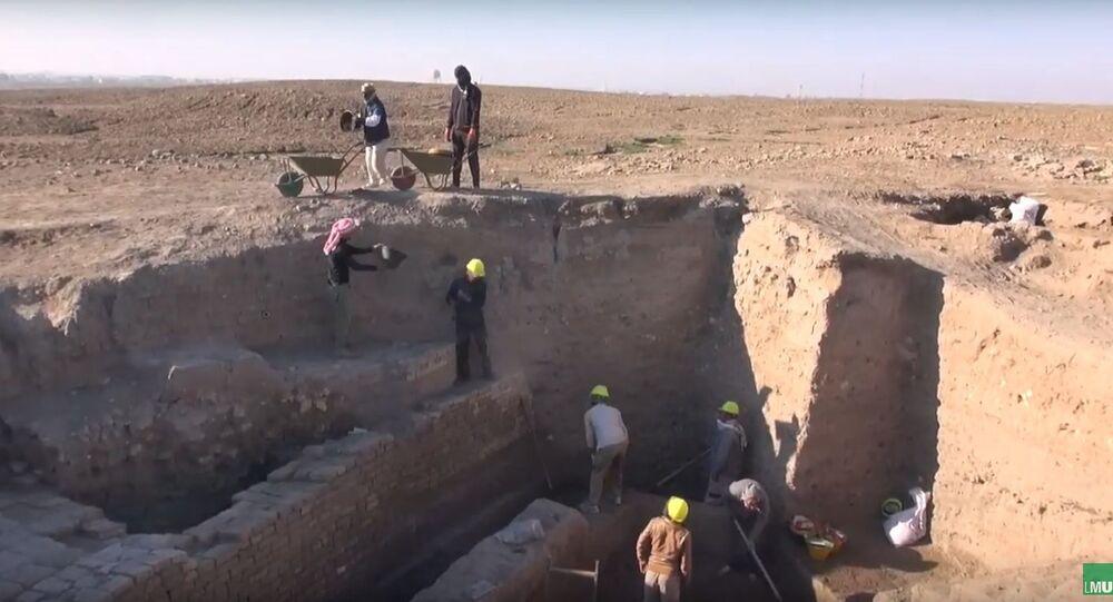 """V sumerském městě Ur vykopali """"ideální"""" starobylý objekt"""