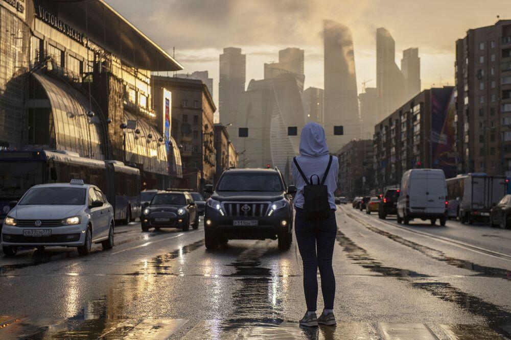 Dívka v Moskvě.