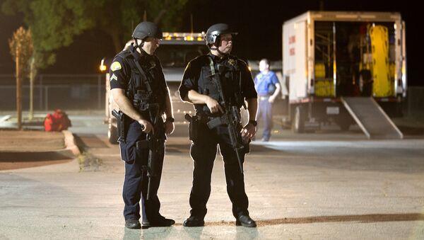Policie na místě střelby na Gilroy Garlic Festival v Kalifornii - Sputnik Česká republika