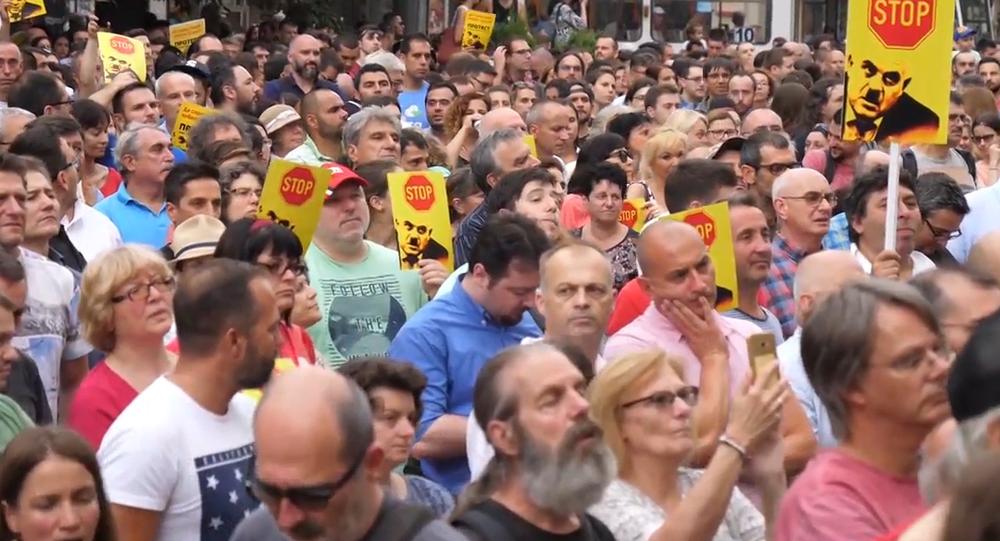 Video: V Bulharsku probíhají protesty proti novému generálnímu prokurátorovi. Obyvatele ho spojují s mafií