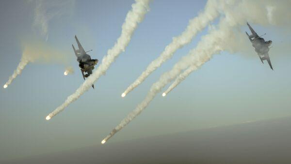 Letadla koalice F-15E v průběhu operace Inherent Resolve - Sputnik Česká republika