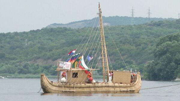 Z Bulharska do Egypta na rákosové lodi - Sputnik Česká republika