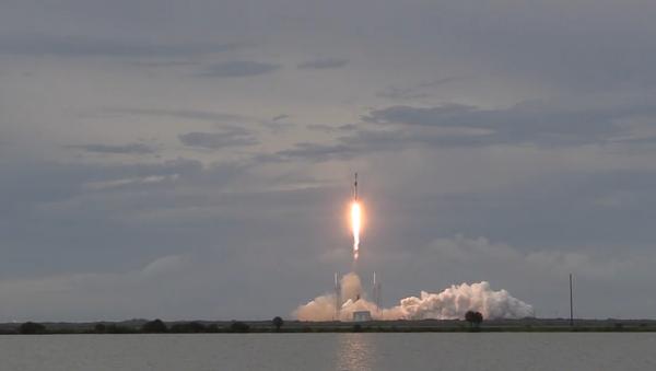 SpaceX vyslala izraelský satelit Amos-17 na oběžnou dráhu Země - Sputnik Česká republika