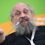 Programátor, novinář a účastník mnoha populárních ruských televizních show Anatolij Vasserman.