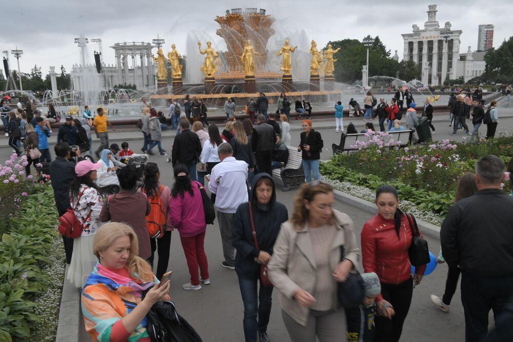 Triumf socialismu. Legendární výstaviště v Moskvě slaví 80. výročí