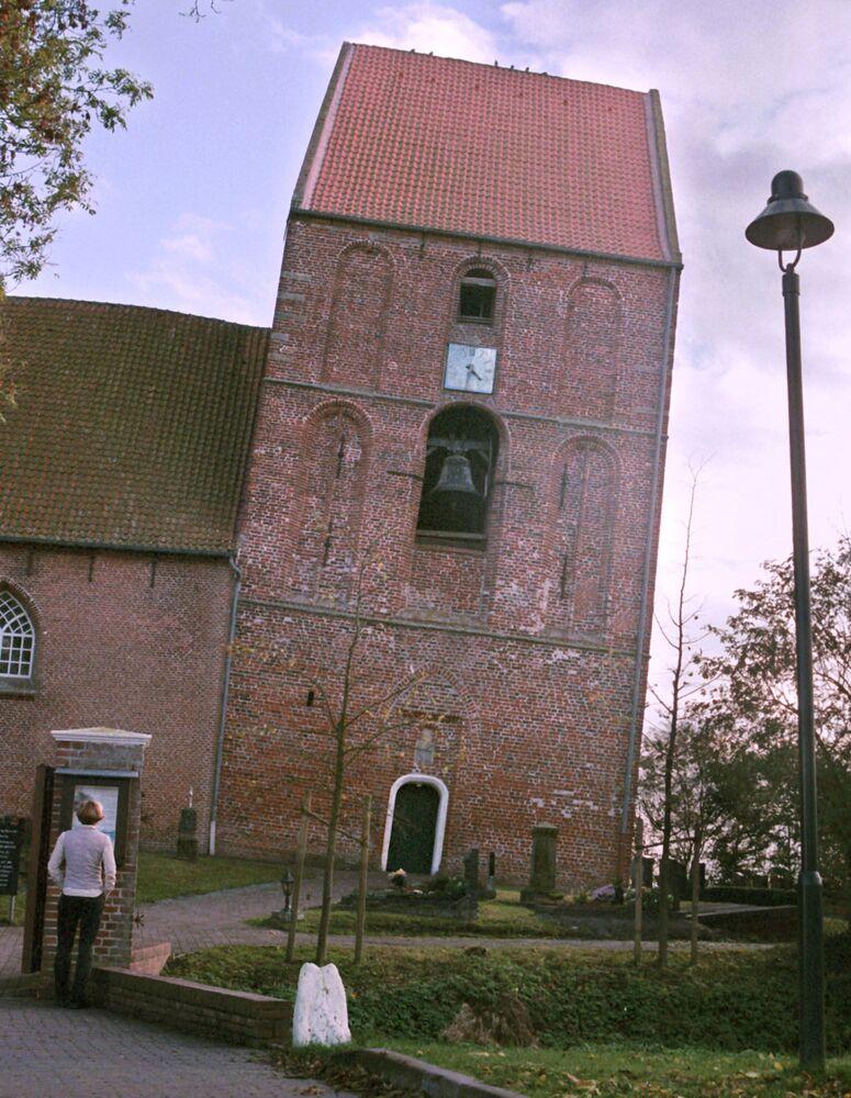 Věž  Suurhusen, Německo