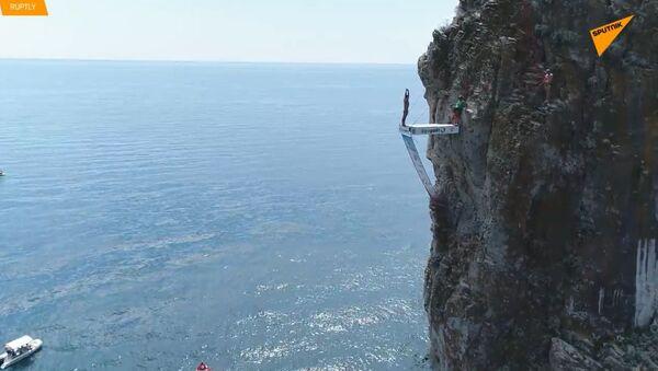 Mistrovství světa v cliff divingu na Krymu. Čech je na třetím místě - Sputnik Česká republika