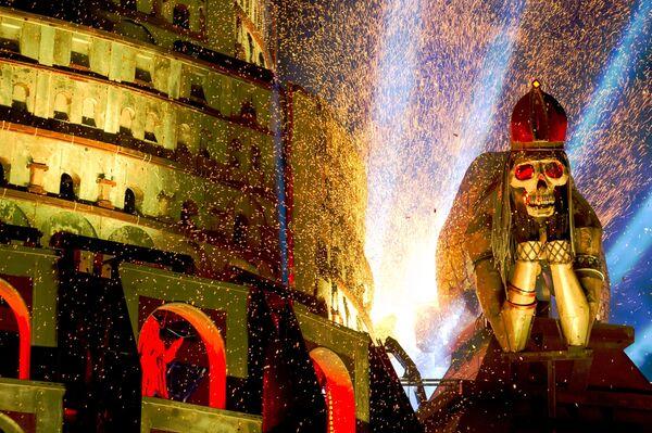Dekorace jeviště show Stín Babylonu  - Sputnik Česká republika