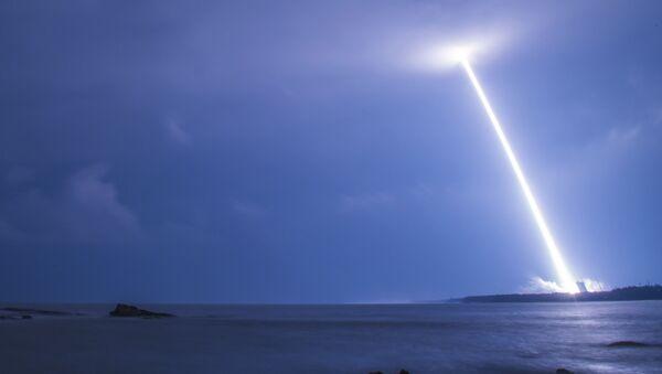 Start čínské rakety Dlouhý pochod-5 - Sputnik Česká republika