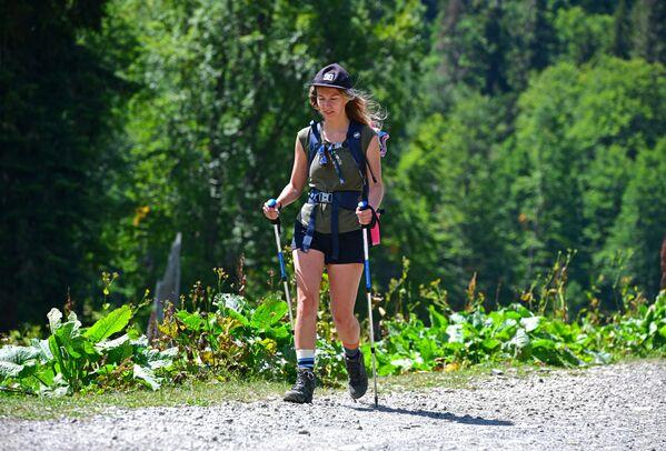Při procházce parkem lze vidět nádherné rokle podél nejdelší řeky Abcházie Bzyb. - Sputnik Česká republika