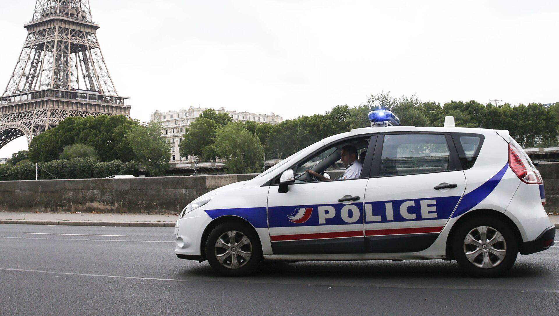 Policejní auto v Paříži - Sputnik Česká republika, 1920, 14.03.2021