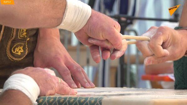 Jedním prstem: finger-wrestling v Bavorsku - Sputnik Česká republika