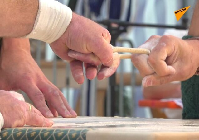 Jedním prstem: finger-wrestling v Bavorsku