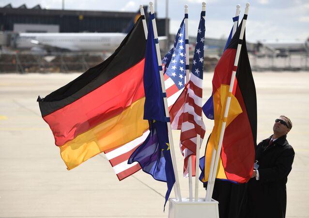 Vlajky Německa a USA
